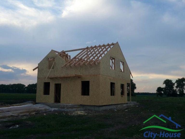 Конструкция крыши предусматривает 200мм утеплителя, вместо стандартной толщины в 150мм