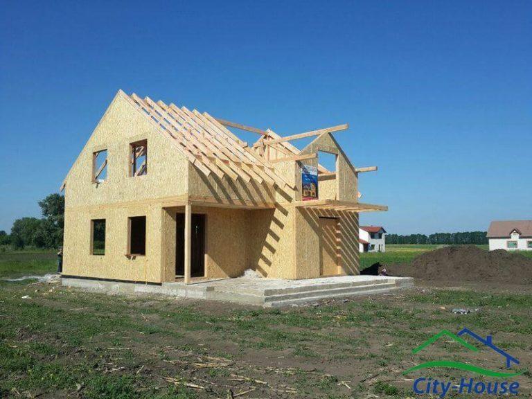 В наших крышах низкая теплопроводность, в отличие от крыши в 150мм с большими теплопотерями