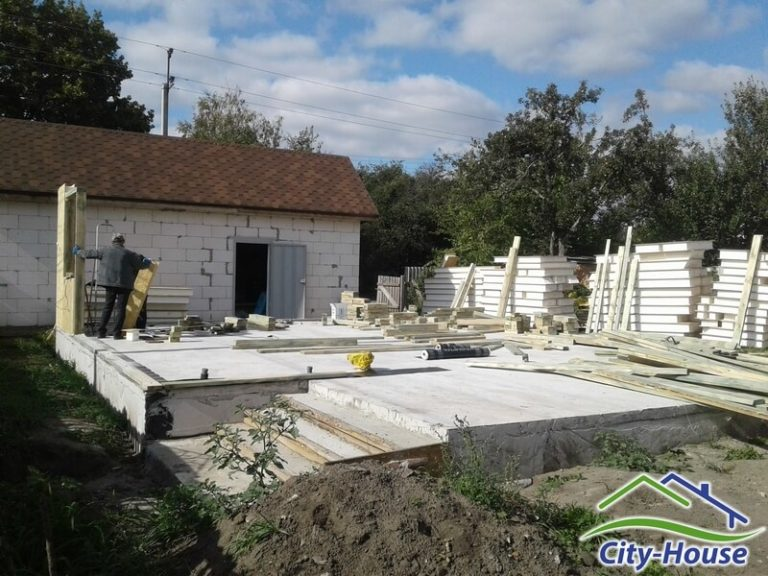 Продолжаем монтаж домокомплекта в Сумах