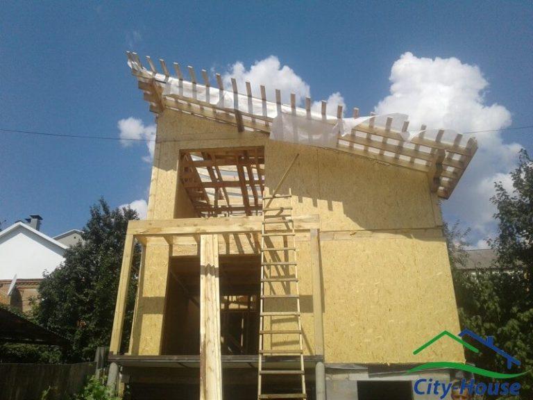 Приступаем к сборке конструкции каркасной крыши