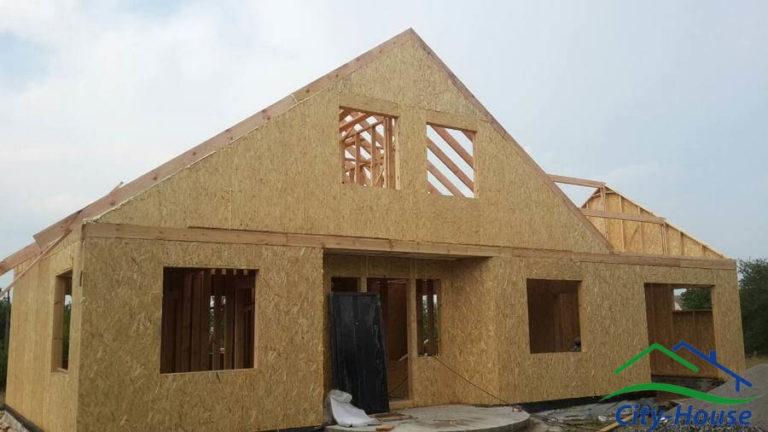 Вырисовывается внешний облик каркасного дома из СИП панелей