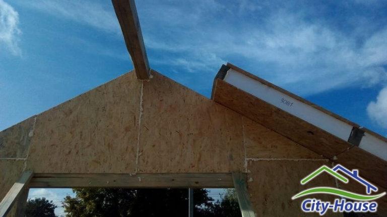 Начинаем монтаж энергосберегающей крыши из SIP панелей