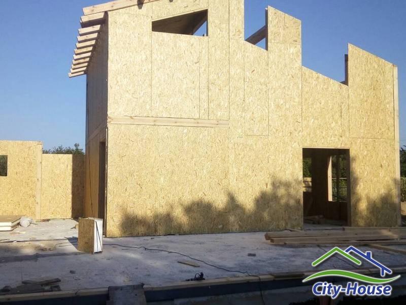 Монтаж теплой крыши из СИП панелей