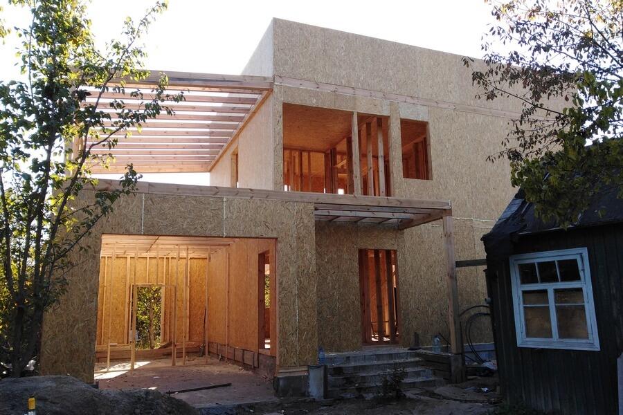 Строительство СИП панельного дома в стиле хай тек