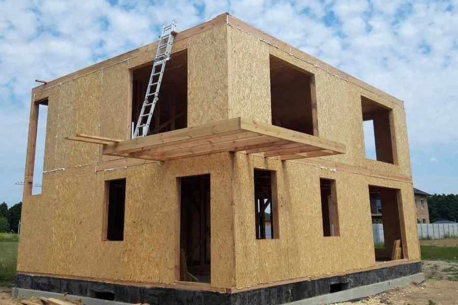 Строительство дома из сэндвич панелей в Виннице