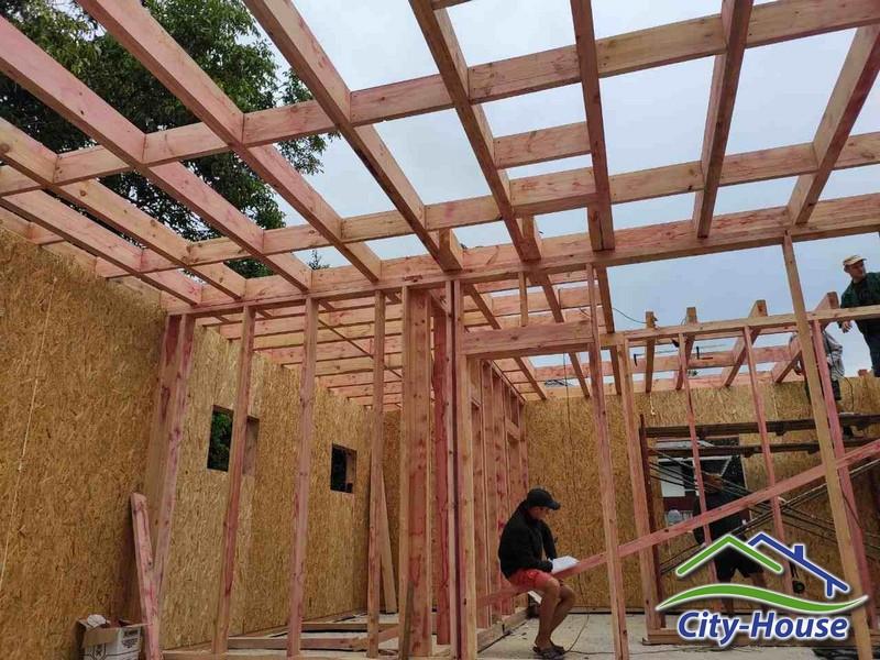 Сборка каркасных стен и межэтажного перекрытия
